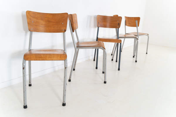 re_010-vintage-school-chair-24jpg
