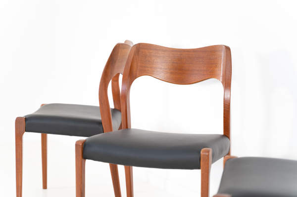 011_004-niels-otto-moller-chair-71-05jp