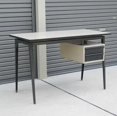 Industrial desk by Marko1