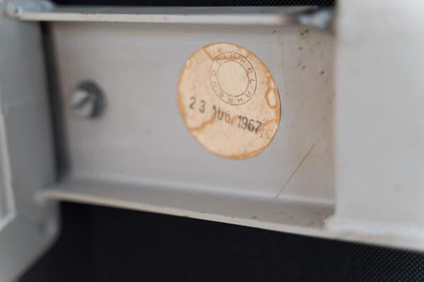 011_019-resort-chair-friso-kramer-02.jpg