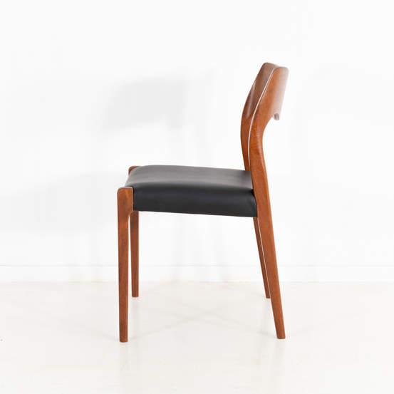 011_004-niels-otto-moller-chair-71-44jp