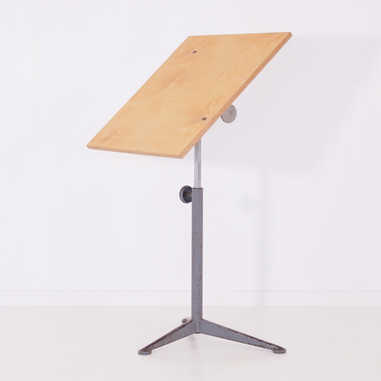 Reiger table by Friso Kramer2