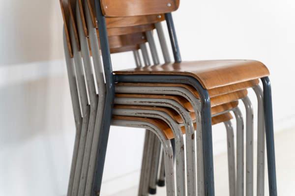 re_010-vintage-school-chair-09jpg