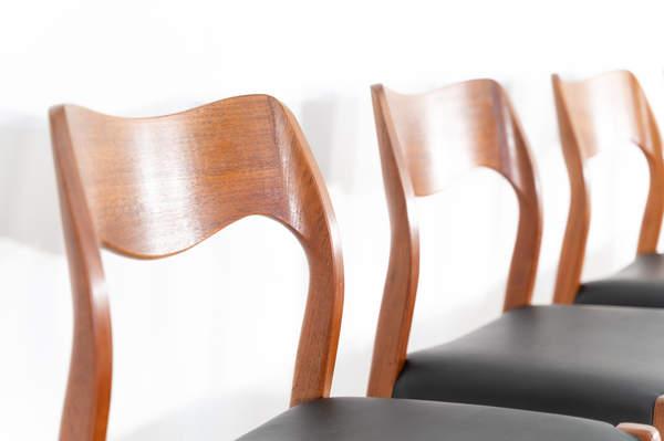 011_004-niels-otto-moller-chair-71-35jp