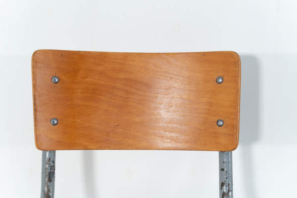 re_009-vintage-school-chair-grey-2-05jp