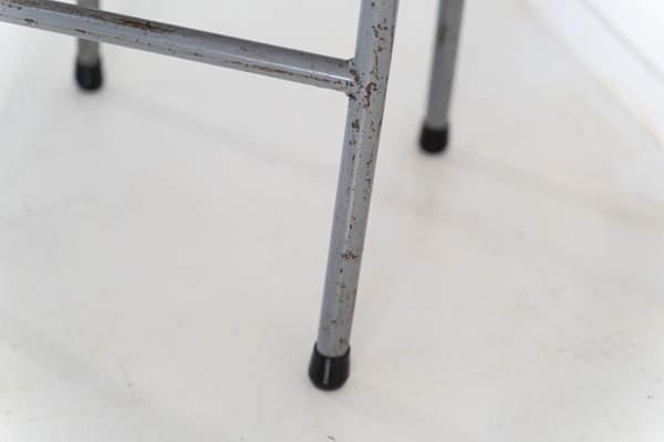re_008-vintage-school-chair-grey-1-04jp