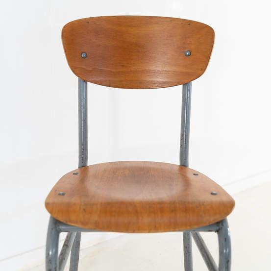 re_008-vintage-school-chair-grey-1-01jp