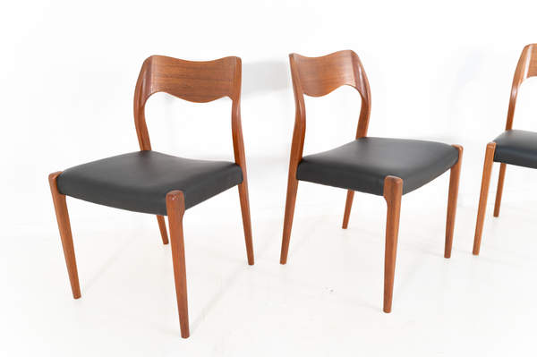 011_004-niels-otto-moller-chair-71-02jp