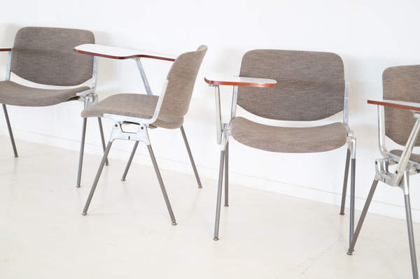 011_008-castelli-chair-with-writing-tabletop-084.jpg