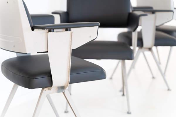 011_019-resort-chair-friso-kramer-12.jpg