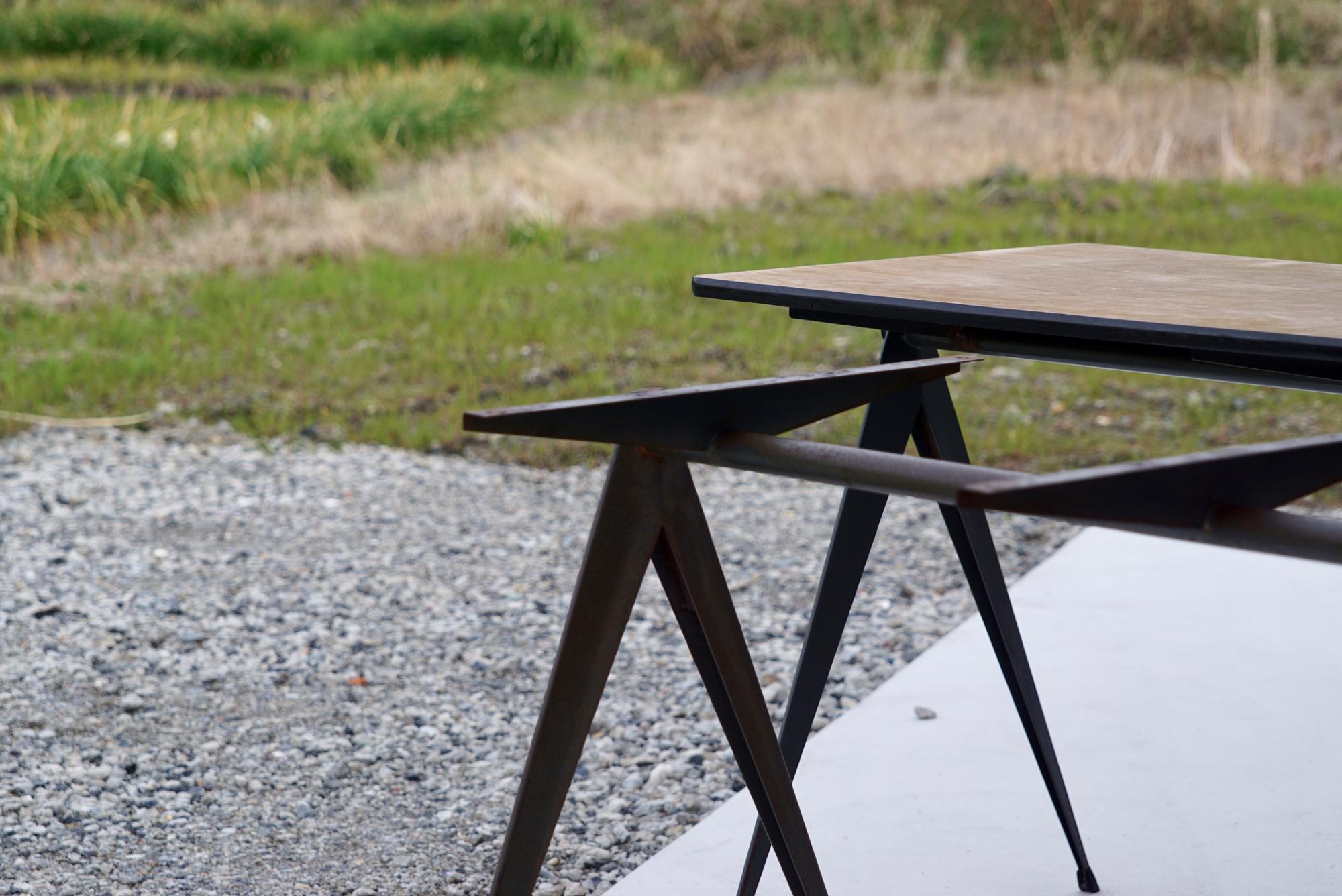 004_008A インダストリアル コンパステーブル - 42