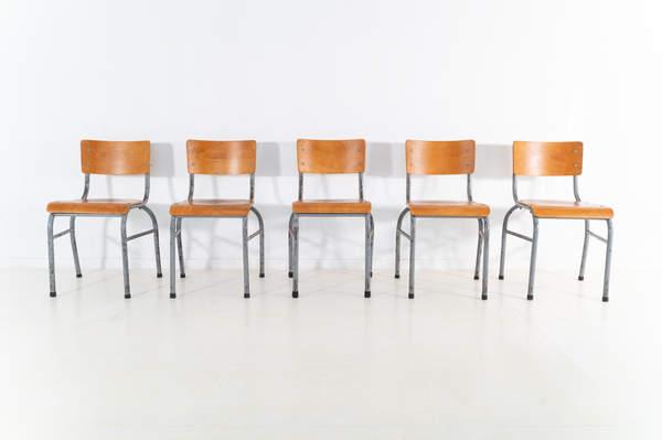 re_009-vintage-school-chair-grey-2-12jp