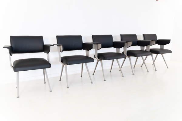 011_019-resort-chair-friso-kramer-35.jpg