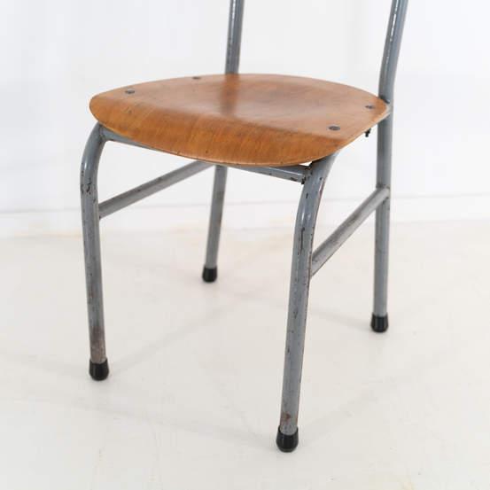 re_008-vintage-school-chair-grey-1-08jp