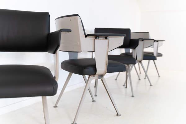 011_019-resort-chair-friso-kramer-10.jpg