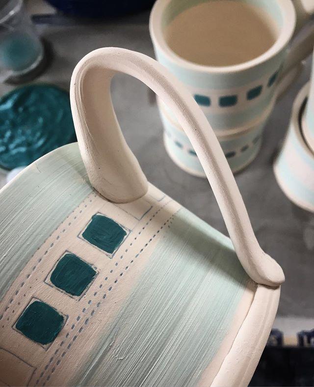 More mugs on the way!✨☕️ #wip #workinprogress #pottery #potterystudio #instagood #photooftheday #jmv