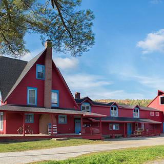 farmhouse-600x400.jpg