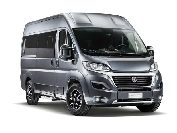 fiat-ducato-minibus-front-side-0-424545.