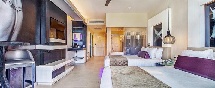 Luxury Jr Suite