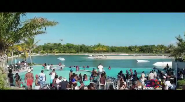 Escape To DR Wavey Blue _ White Pool Par
