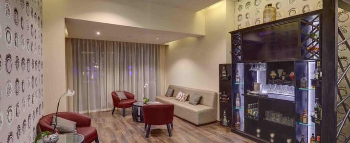 Diamond Club Lounge
