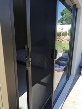 Sliding Door 1.jpg