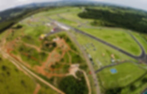 mitsubishi-inaugura-pista-off-road-no-co