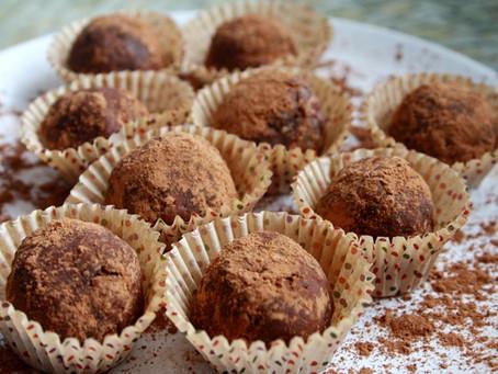 Chocolate Pumpkin Chickpea Energy Balls