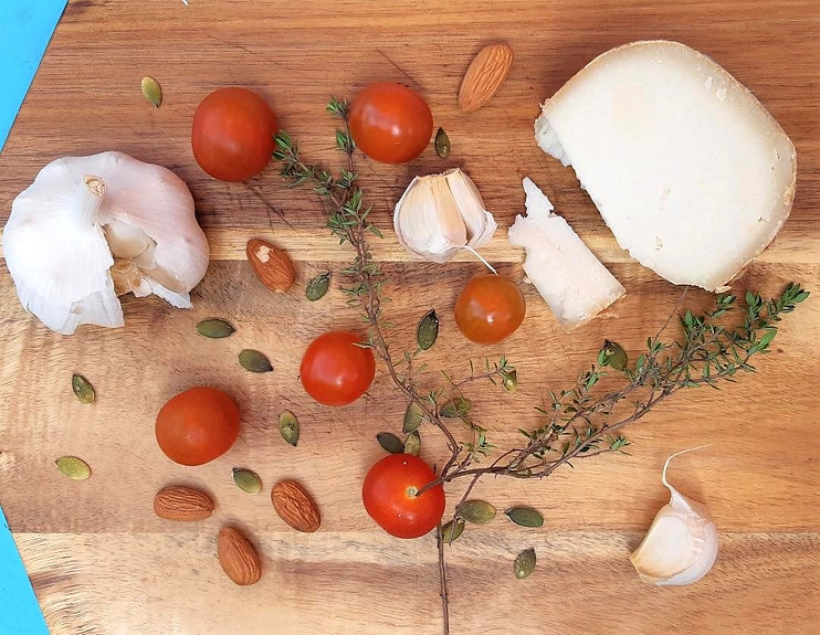 Cherry tomatoes cheese board_edited.jpg