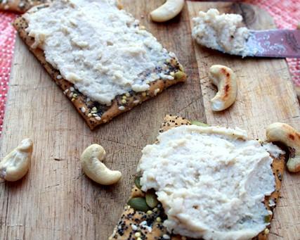 White Bean Cashew Hummus
