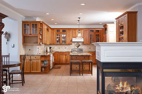 Kitchen 9611-SMALL.jpg
