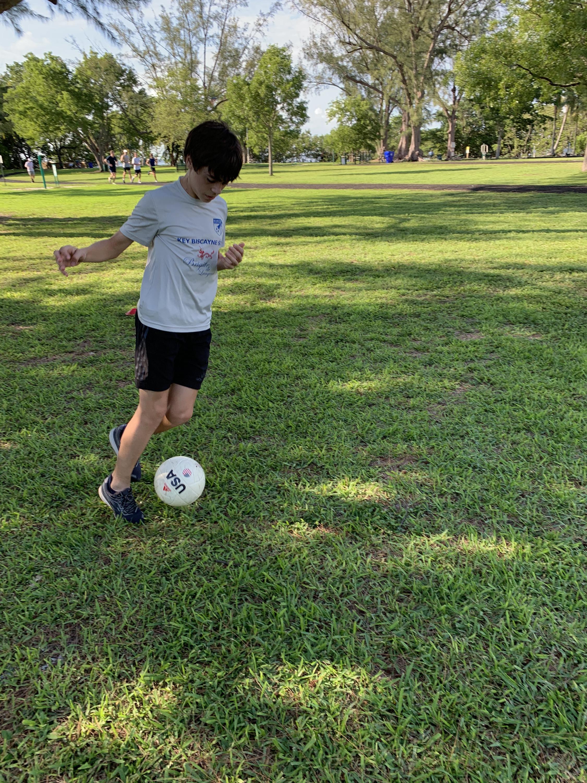 Soccer: dribbling & control!