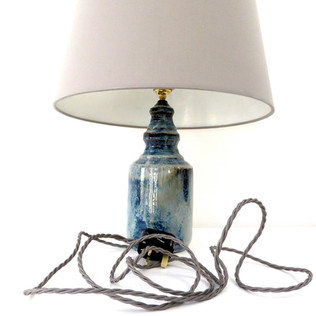 Lamp bases and lampshades