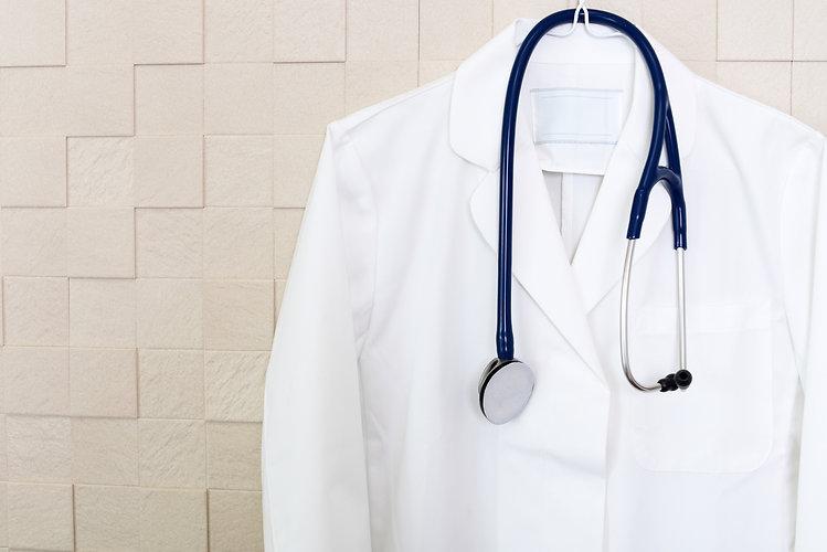 白衣と聴診器