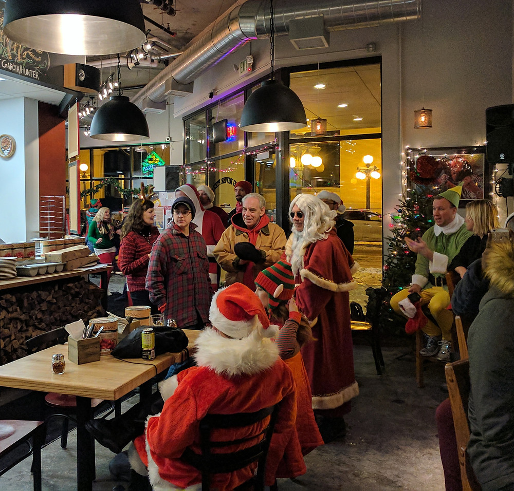 Lowertown Santacon, 2016, Santas, Big River Pizza, St Paul, MN