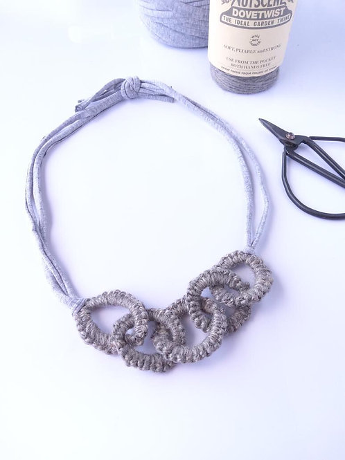 Olive Rose Tatted Necklace in Dove Grey
