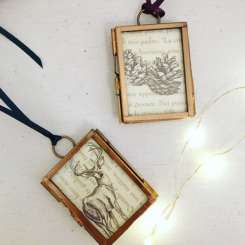 Mini frame decoration