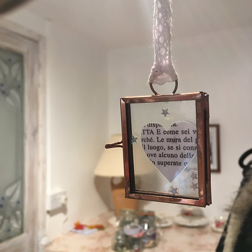 Italian text heart in copper frame