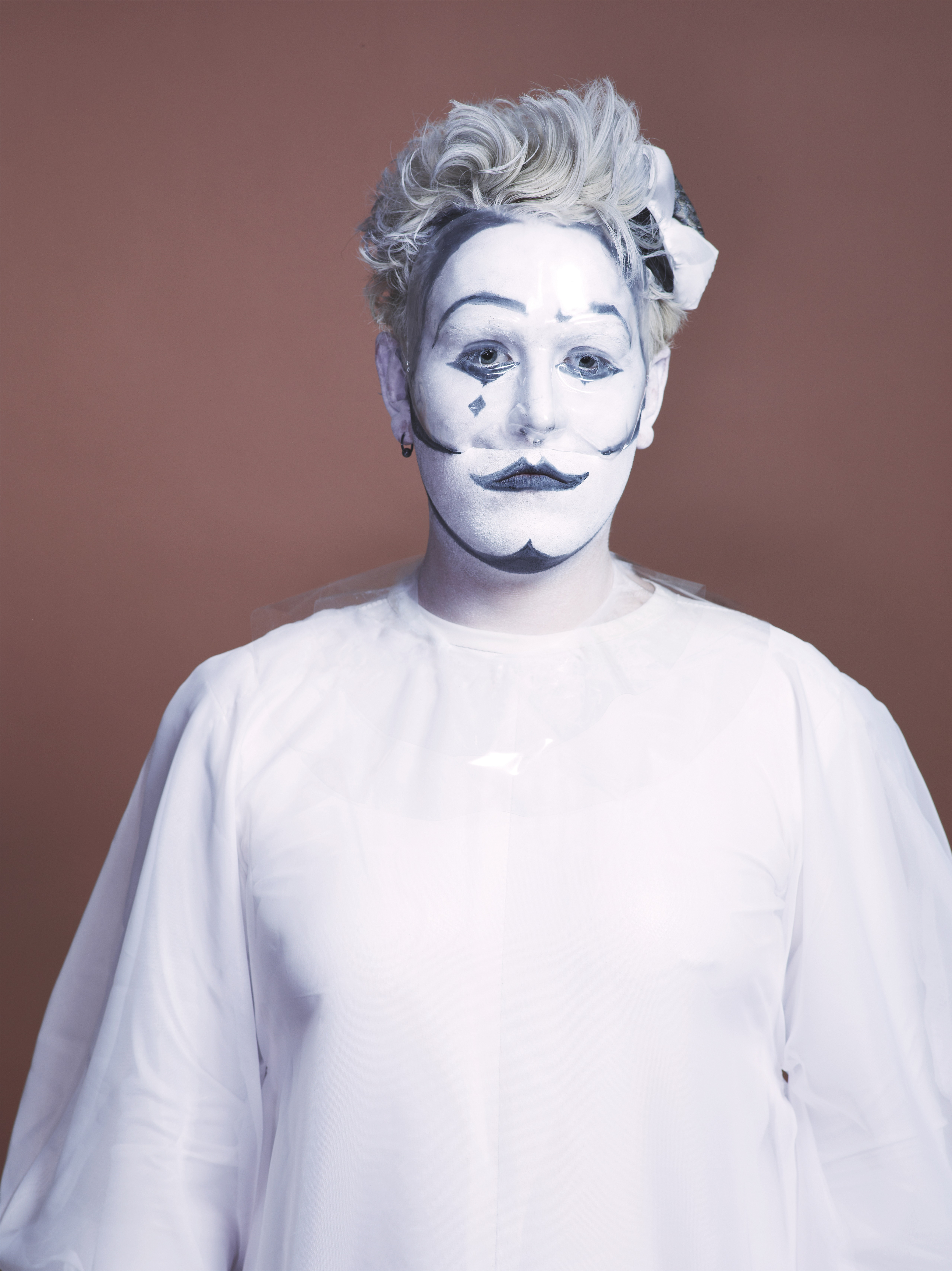 oberon white, I, pierrot