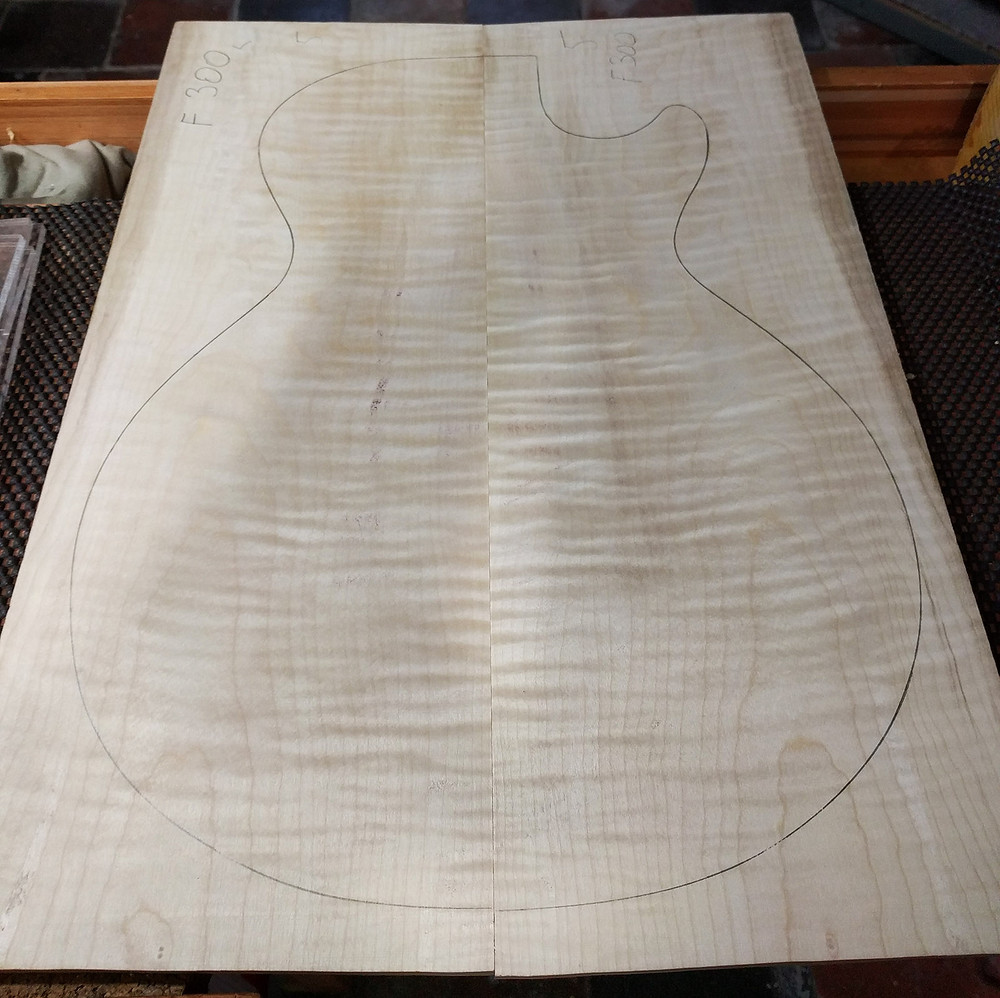 Flamed maple 8mm top