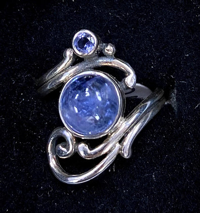 Iolite Faerie Scroll Ring