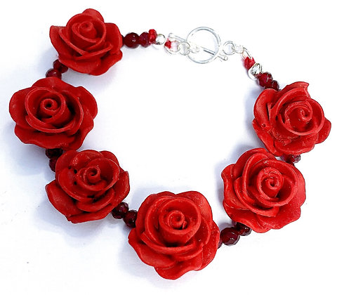 Half-Dozen Roses Bracelet