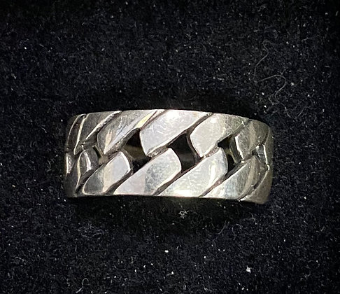 Bold Chain Band Ring