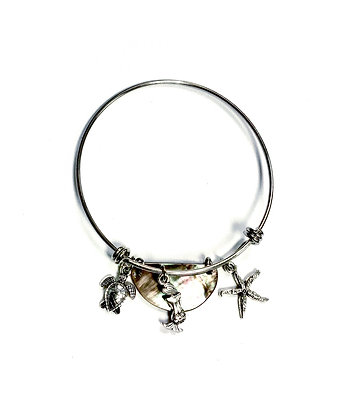 Sea Charm Bracelet (Black Lip Shell)