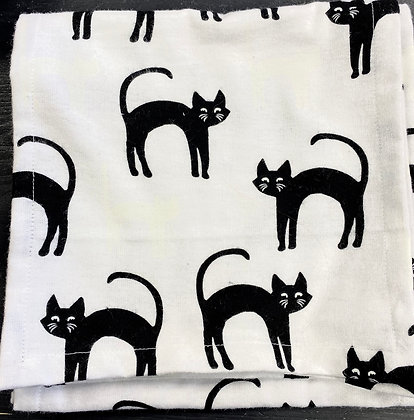 Glowing Flannel Cat Scarf
