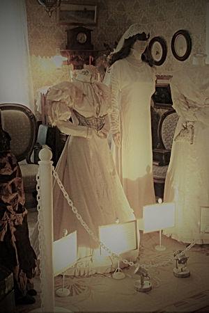 parlor Wedding.JPG