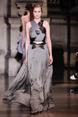 Yiqing Yin Couture Spring 16