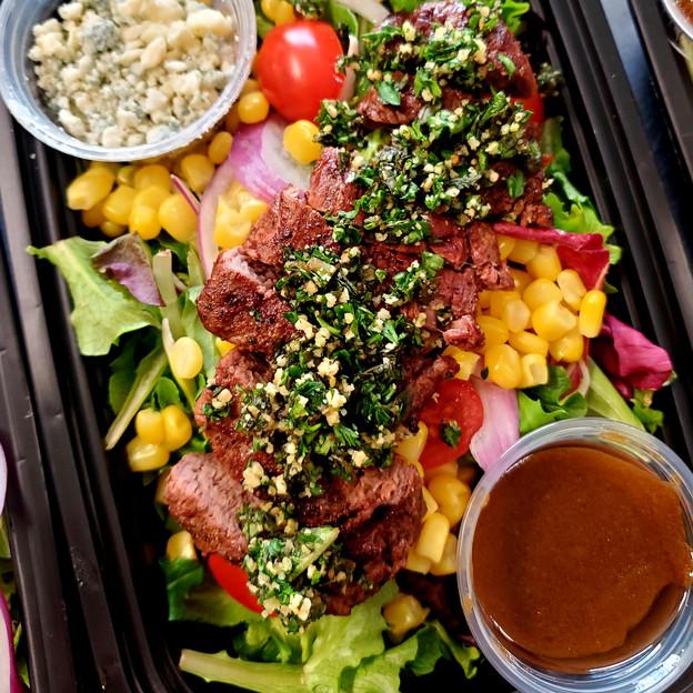 Balsamic Steak Salad with Roasted Corn