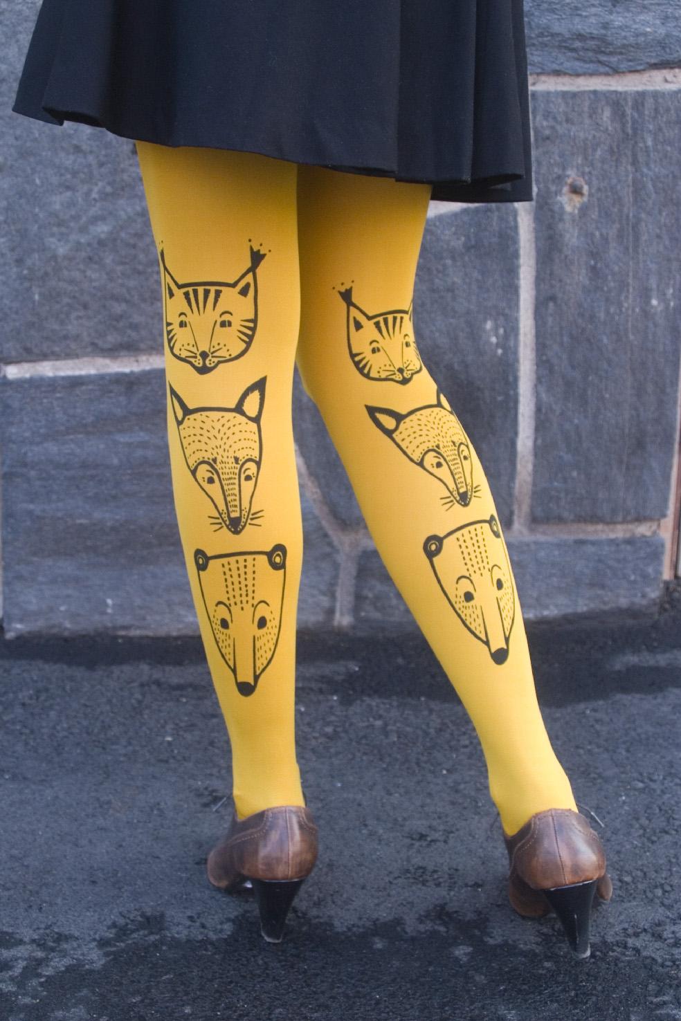 yellow totem animals