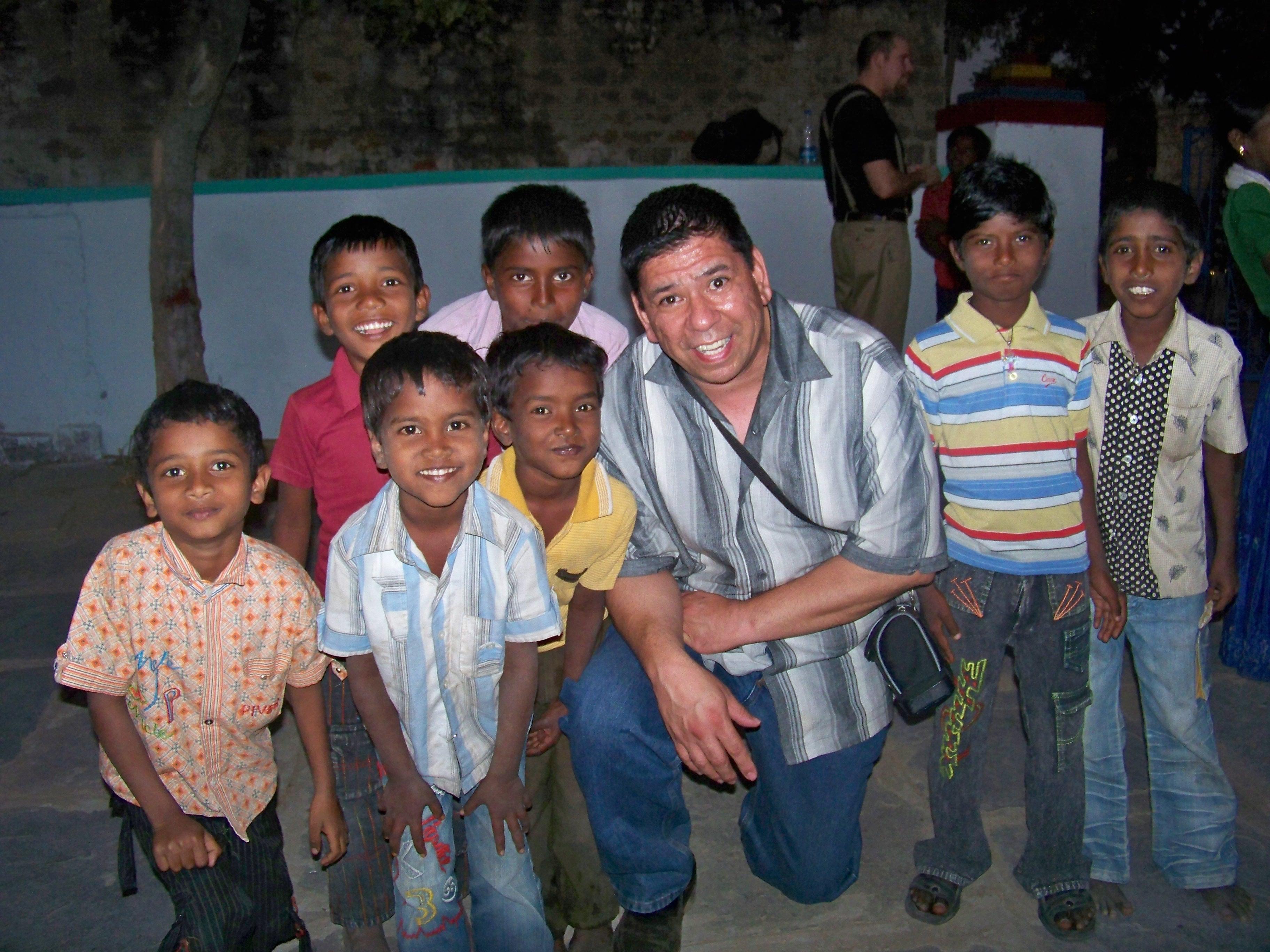 Max Navarro and children in Mexico